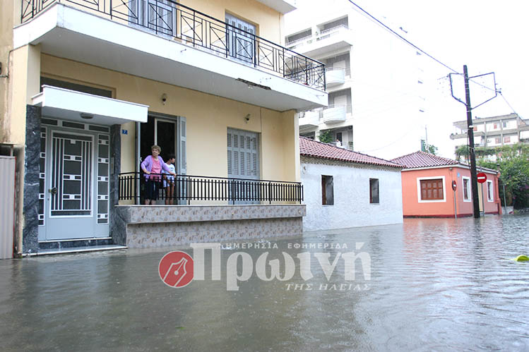 katastrofes-vroxi2-pyrgos5