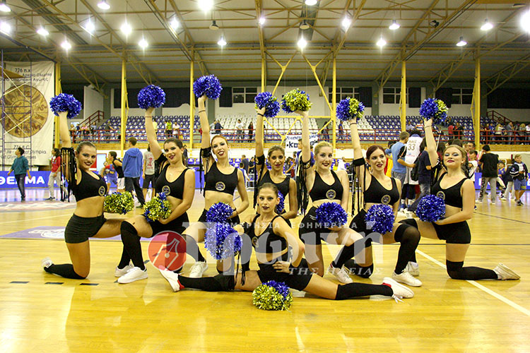 cheerleaders-koroivos1