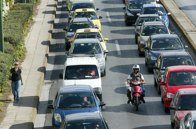 Κυκλοφοριακο κομφουζιο στους δρομους λογω των απεργιων στα ΜΜΜ Φωτο/Χαρης Γκικας
