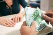 Ζεστό «μαύρο χρήμα» στα ταμεία του Δημοσίου