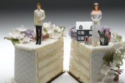 Πώς θα πάρετε φορολογικό διαζύγιο από τον σύντροφό σας - Τι αναφέρει η εγκυκλιος της ΑΑΔΕ