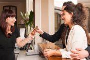 ΟΑΕΔ: Ξεκινούν οι αιτήσεις για επιχορήγηση θέσεων προσωπικού ξενοδοχειακών επιχειρήσεων