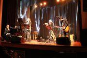 «Η Μουσική είναι Μία»: Δυο εξαίρετες βραδιές γεμάτες μελωδίες με τον Στέφανο Κορκολή στο θέατρο Απόλλων