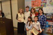 «Τα παιδιά ονειρεύονται το μέλλον»: Βραβεία για έξι Ηλείους μαθητές της Ελένης Σταθοπούλου σε πανελλήνιο διαγωνισμό ζωγραφικής