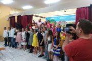Δημοτικό Σχολείο Βαρβάσαινας: Εντυπωσίασαν οι μαθητές με το παραμύθι της Χιονάτης