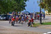 5 χρόνια προσπάθειας, αμέτρητοι «δωρητές» και 3,5 τόνους καπάκια! - Ολοκληρώθηκε η πρωτοβουλία του Συλλόγου «Ποδηλάτες Ζαχάρως» που τα αντάλλαξαν με δύο με αναπηρικά αμαξίδια