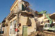 Κατεδαφίστηκε το κτίριο της παλιάς Πυροσβεστικής Κρεστένων