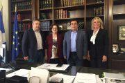 Συνάντηση Τ. Αντωνακόπουλου με προϊσταμένη Πανεπιστημιακού τμήματος Μουσειολογίας: Οι Πανεπιστημιακές Σχολές του Πύργου στο επίκεντρο του ενδιαφέροντος